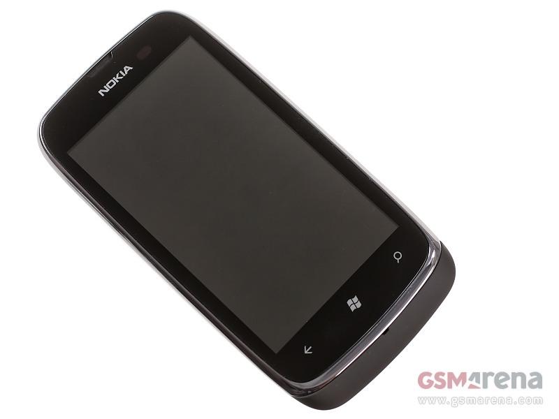 Nokia Lumia 610 2