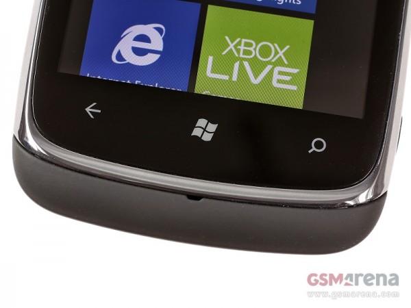 Nokia Lumia 610 4