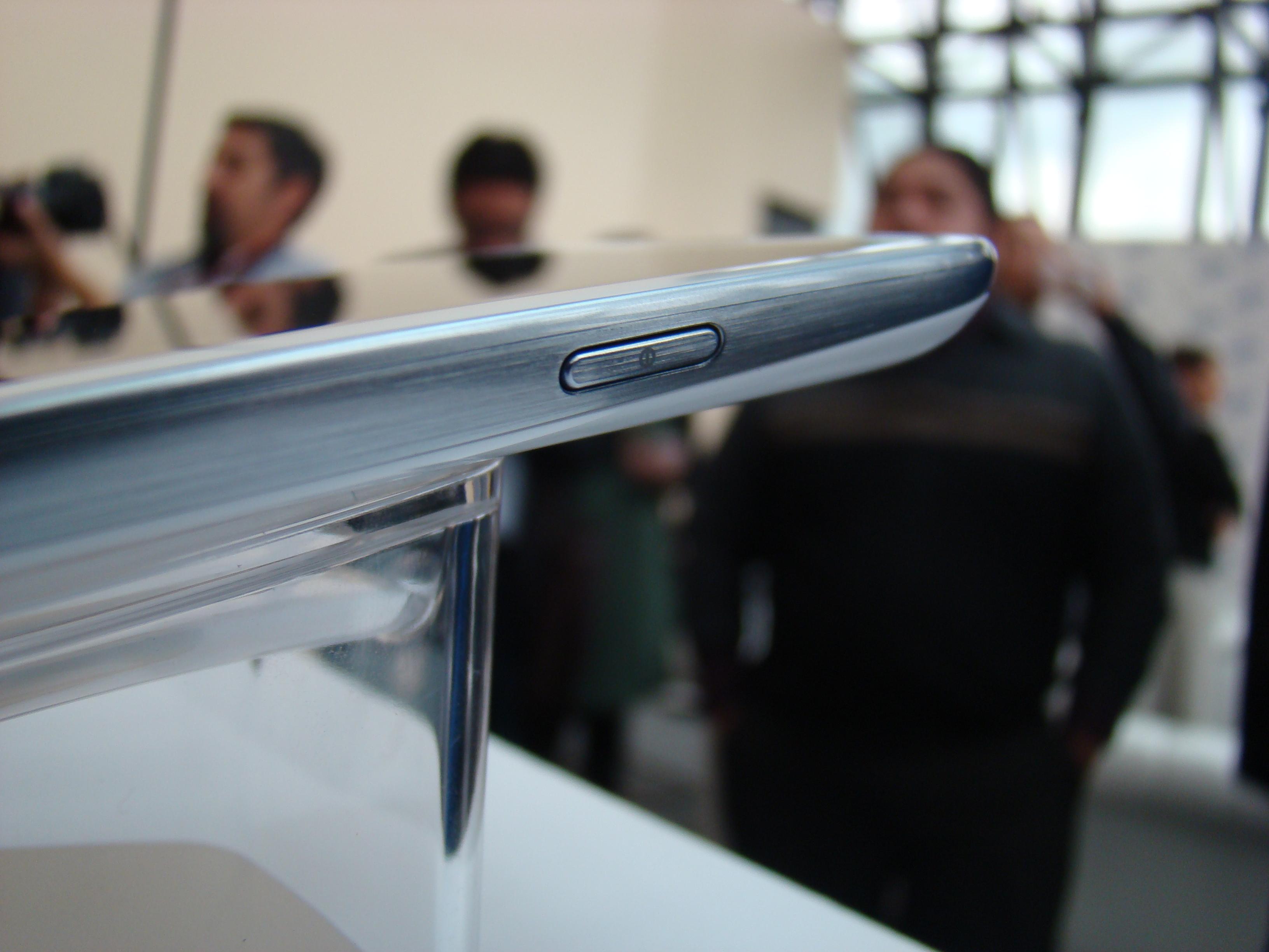 Samsung Galaxy S III  14