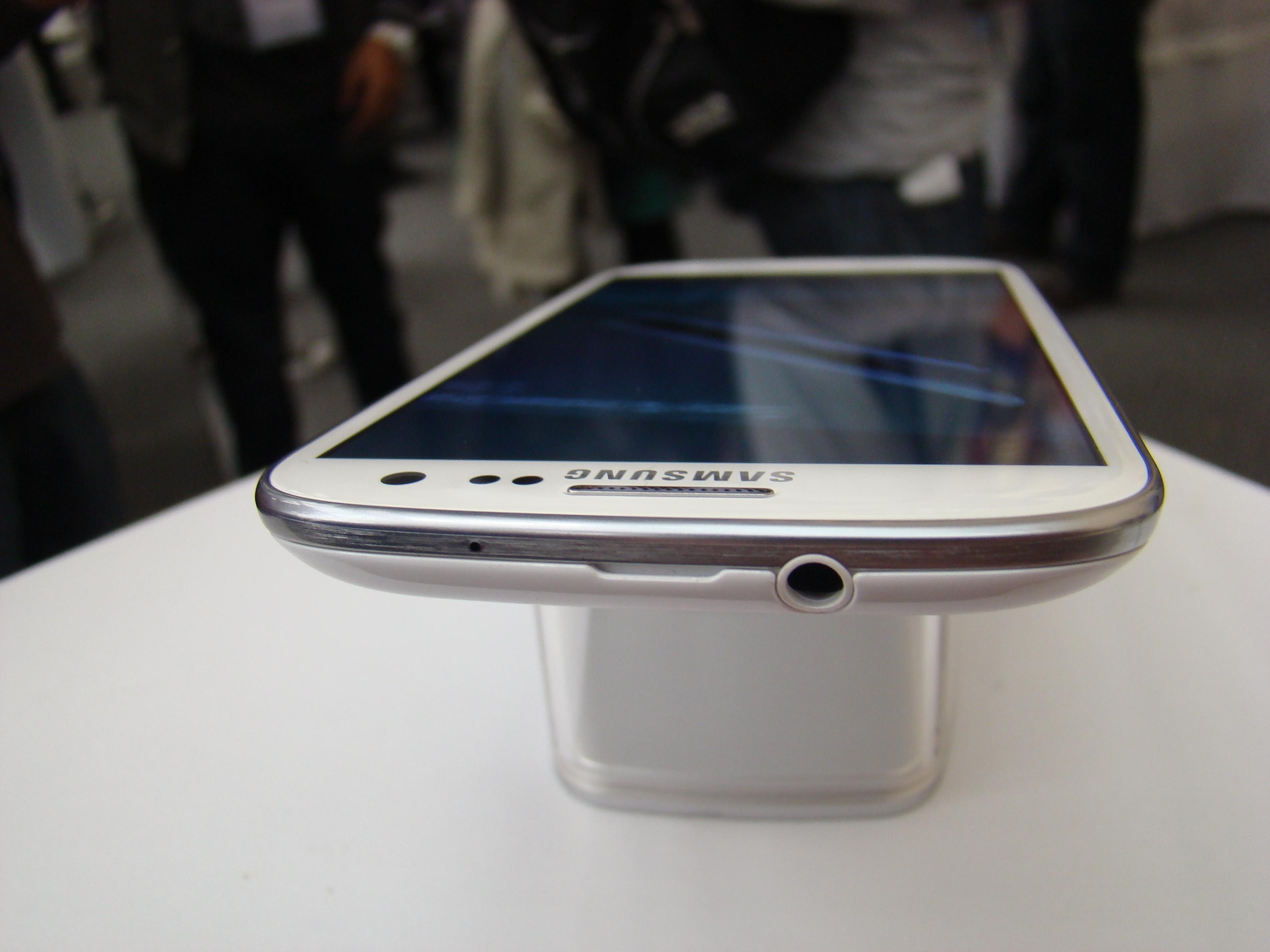 Samsung Galaxy S III  20