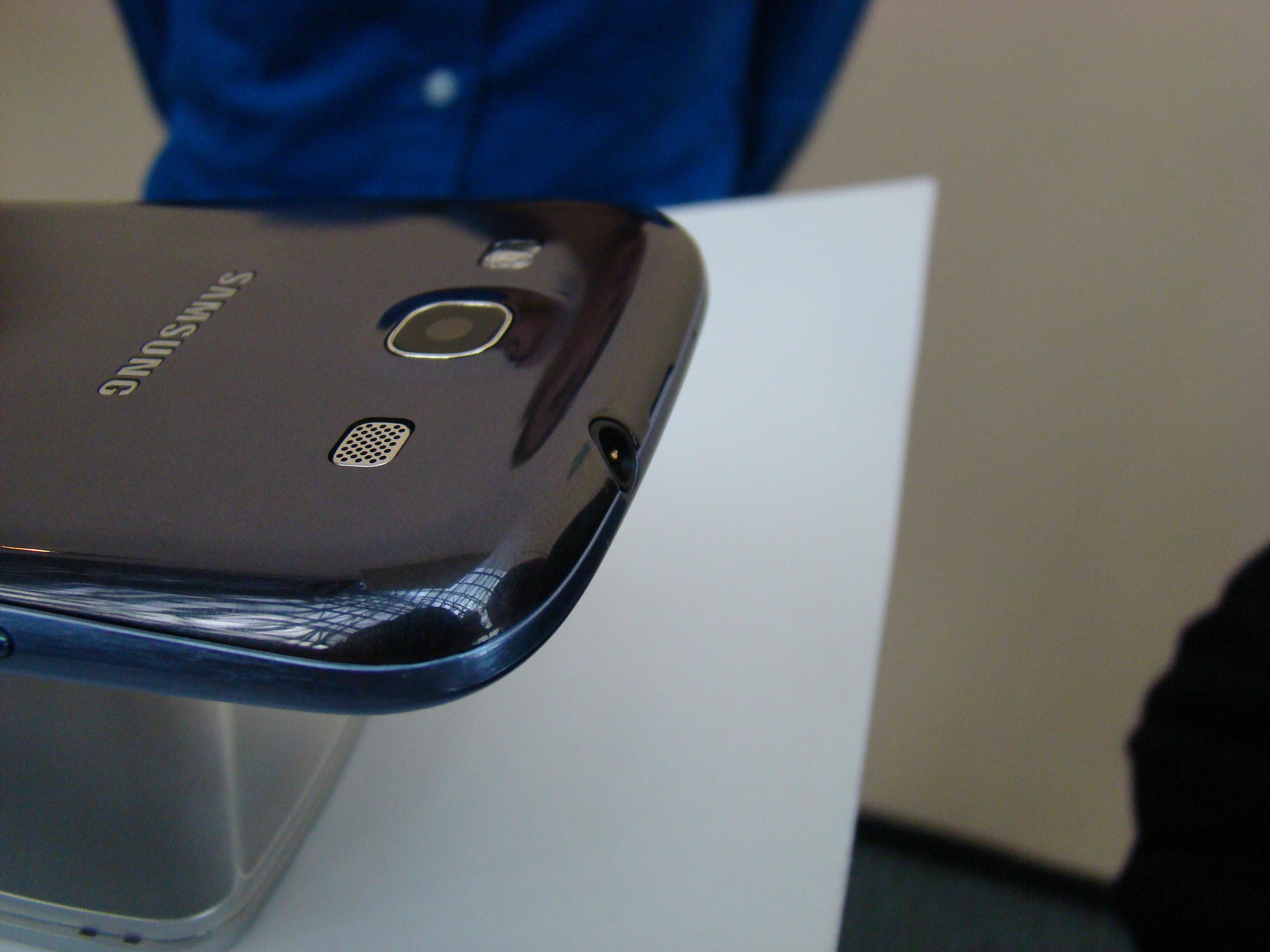 Samsung Galaxy S III  39