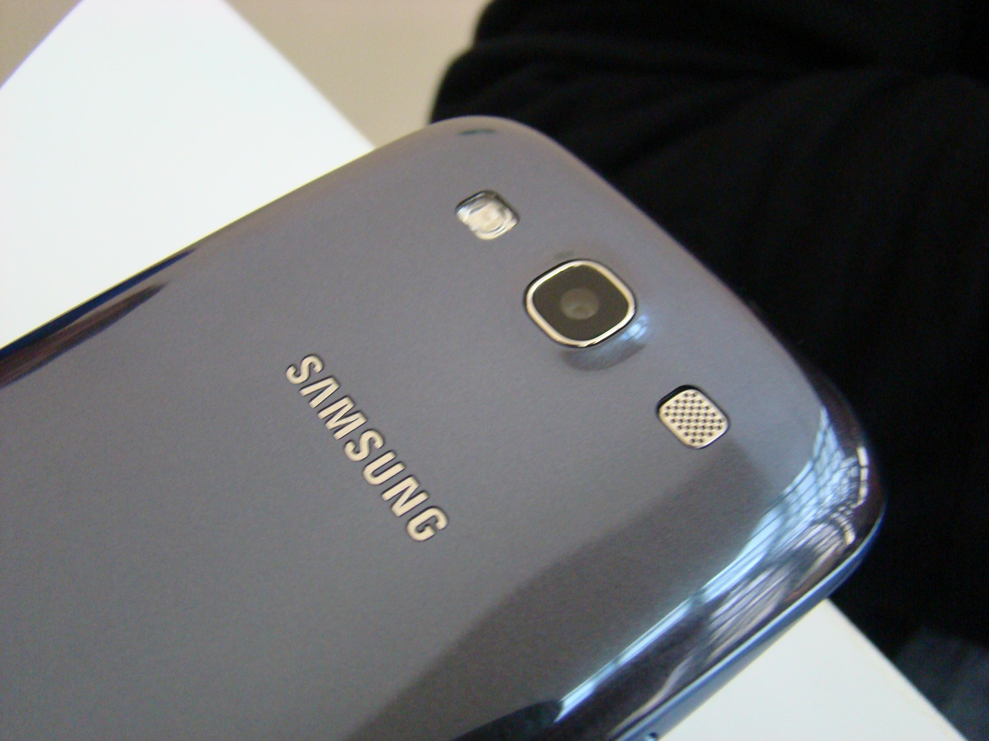 Samsung Galaxy S III  41