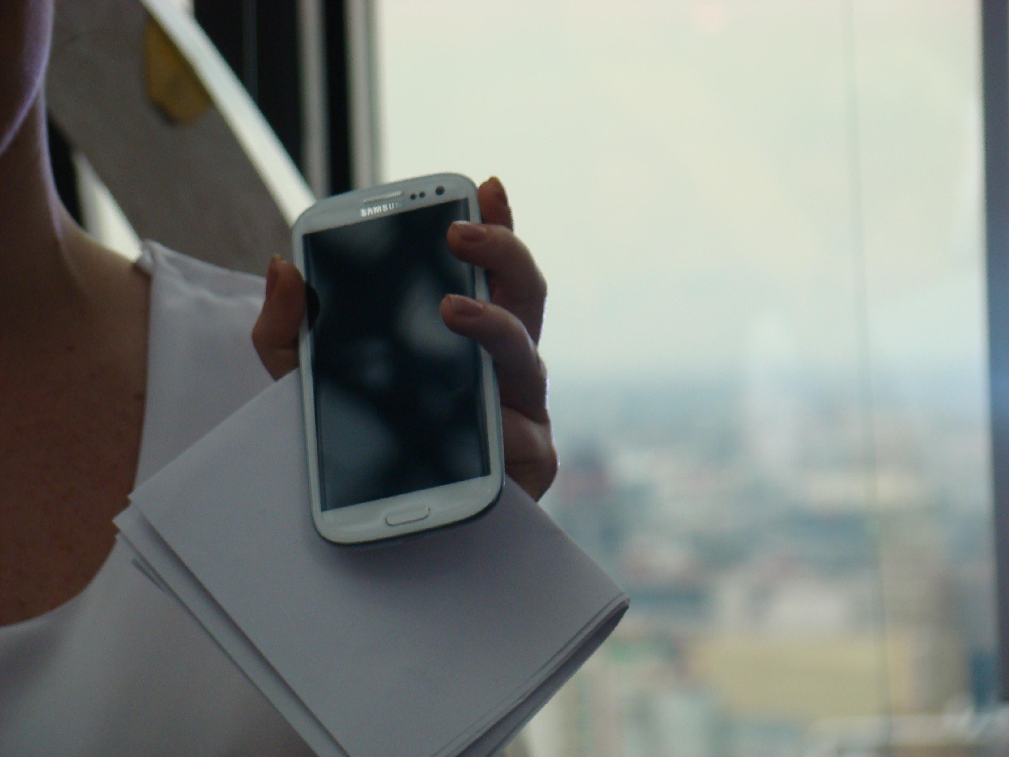 Samsung Galaxy S III  55