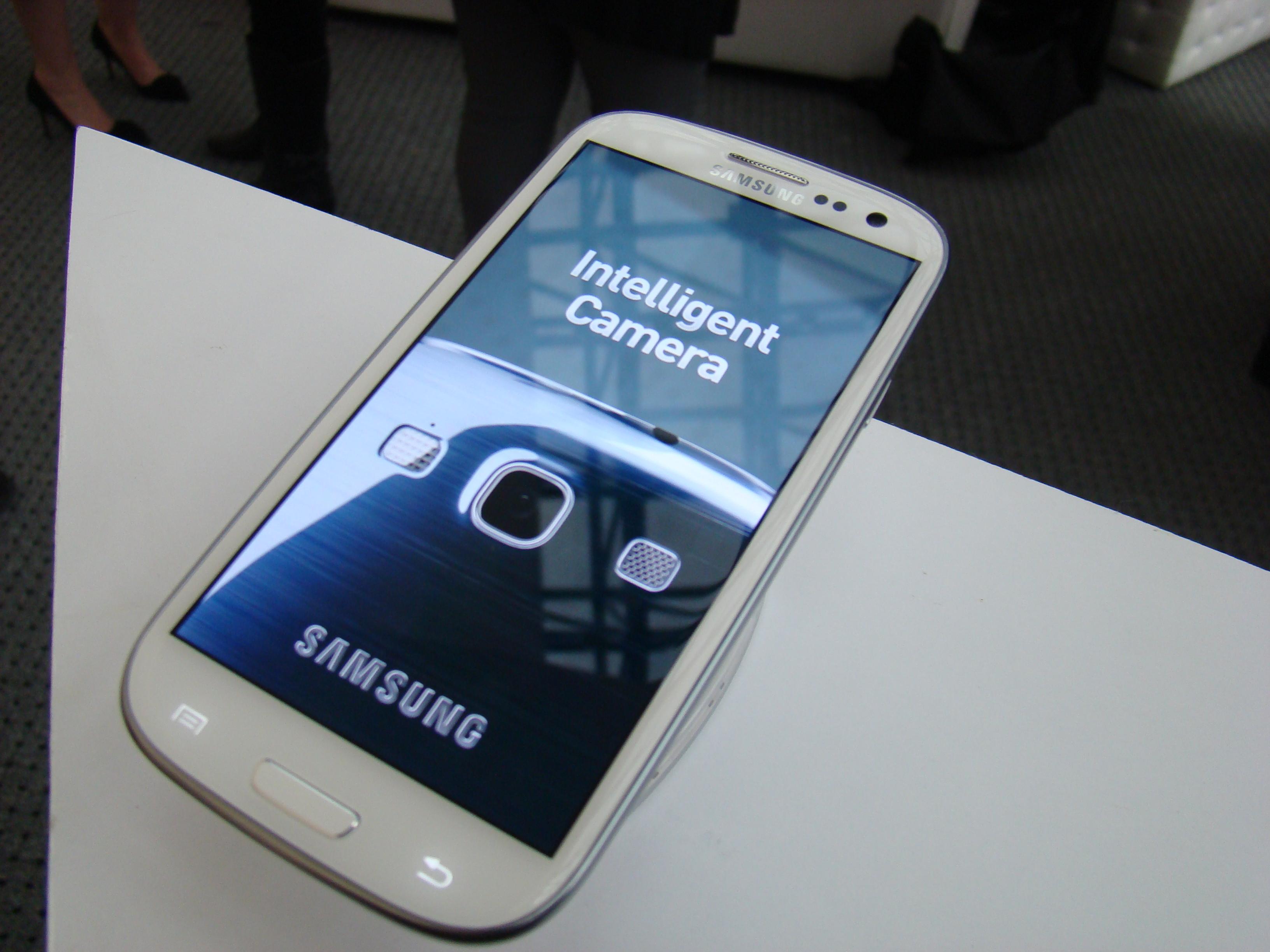Samsung Galaxy S III  59