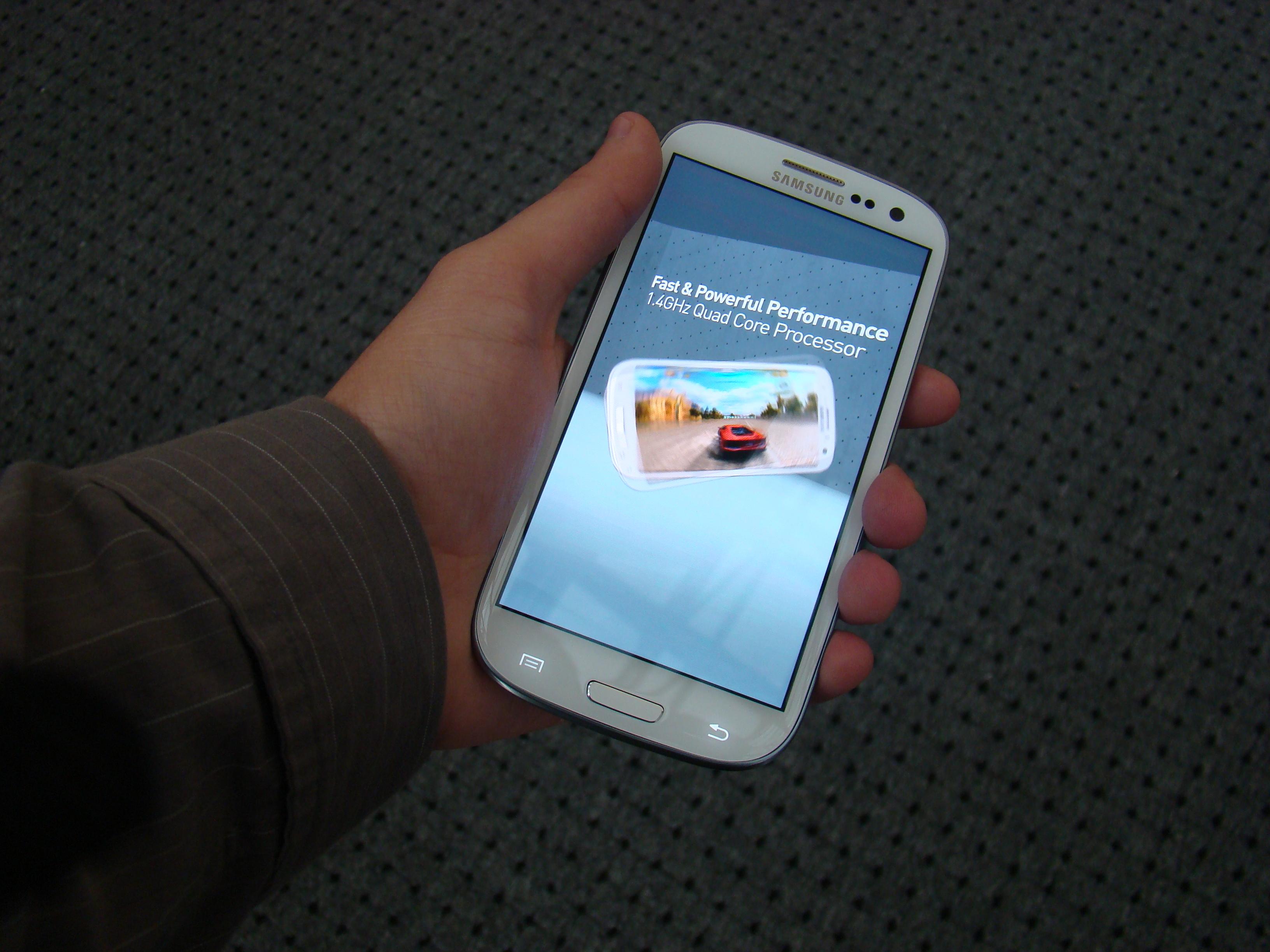 Samsung Galaxy S III  64