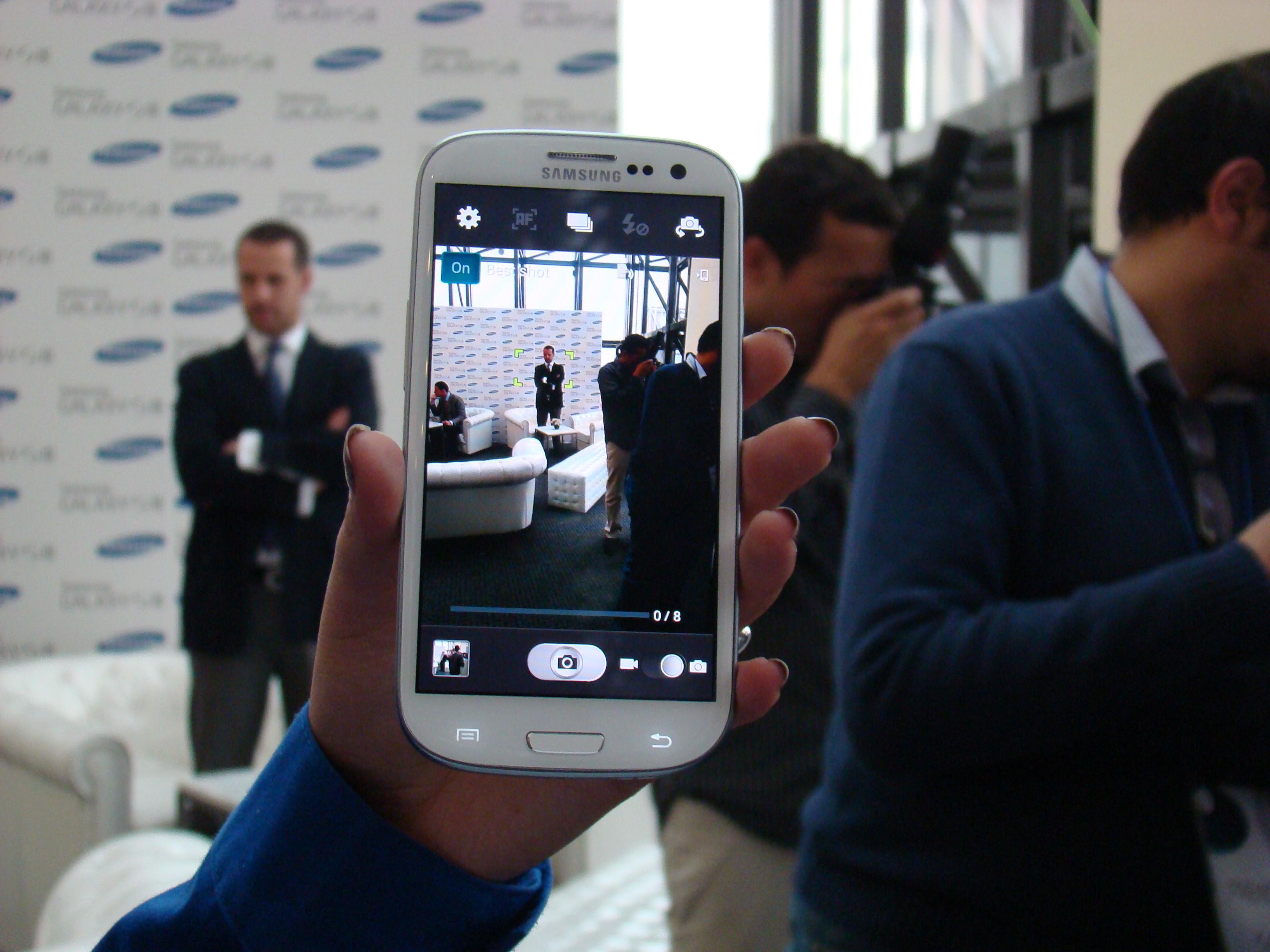Samsung Galaxy S III  9