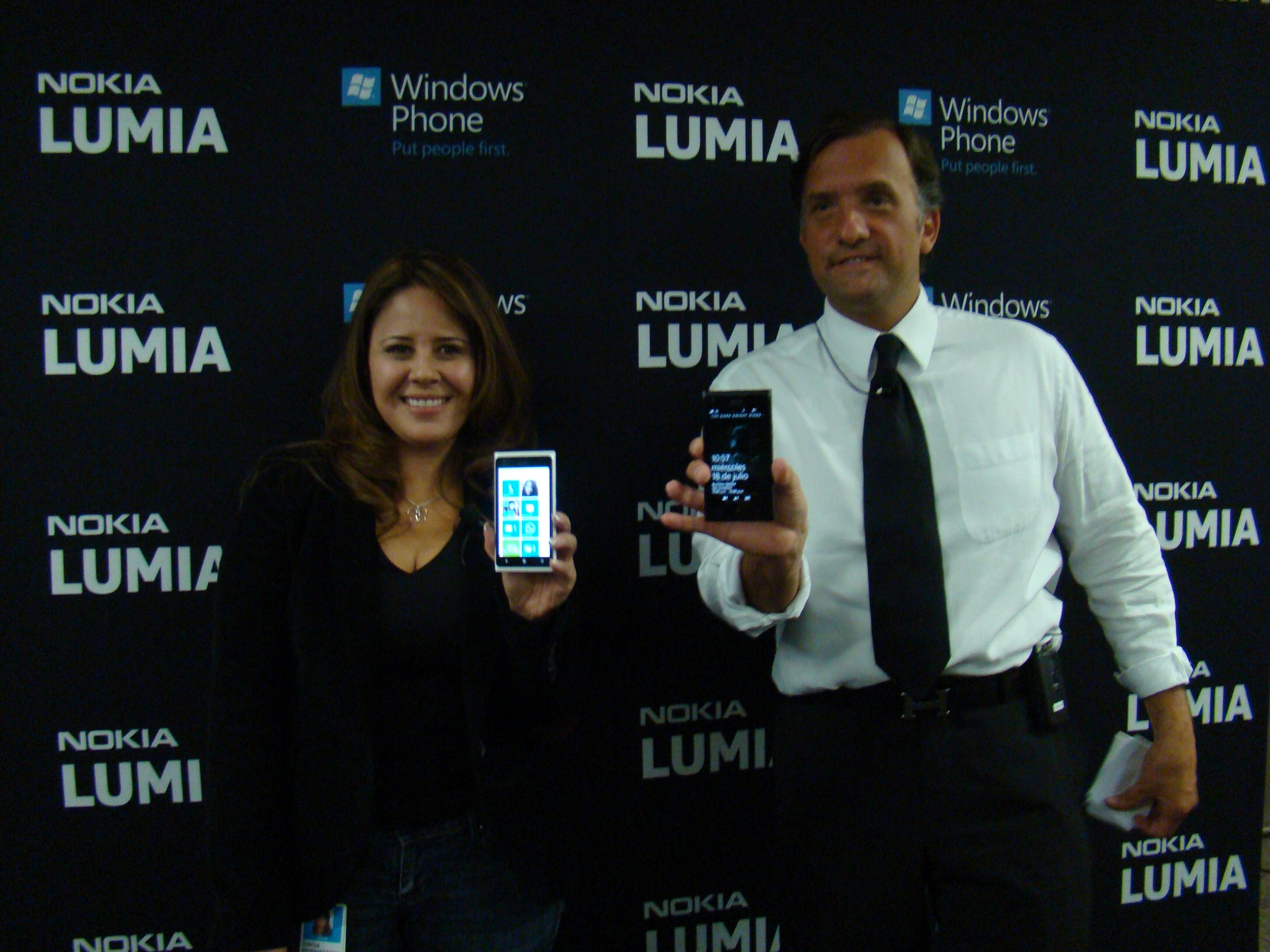 Nokia Lumia 900 10