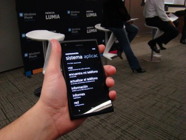 Nokia Lumia 900 5