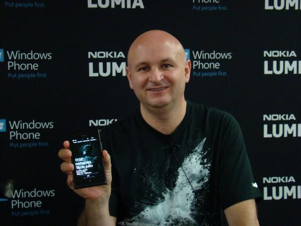 Nokia Lumina 900 12
