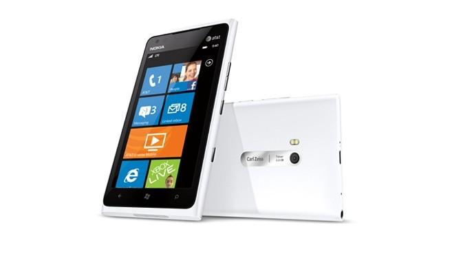 lumia900_white465