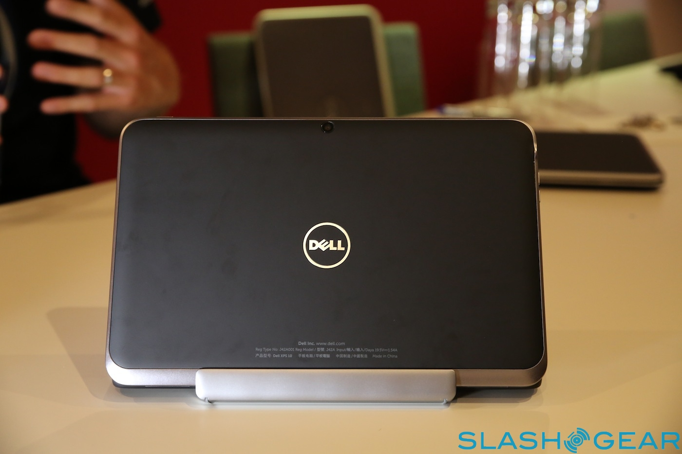 3T8A3034-dell-xps-12-duo1