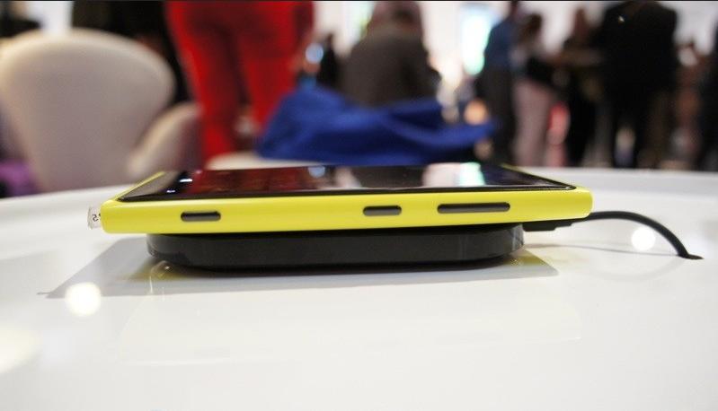Nokia Lumia Accessories11