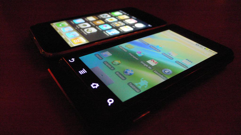 iPhone-Motorola1
