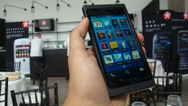 BlackBerry 10 19 Main