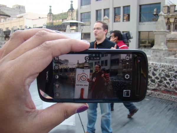 Nokia 808 PureView 11