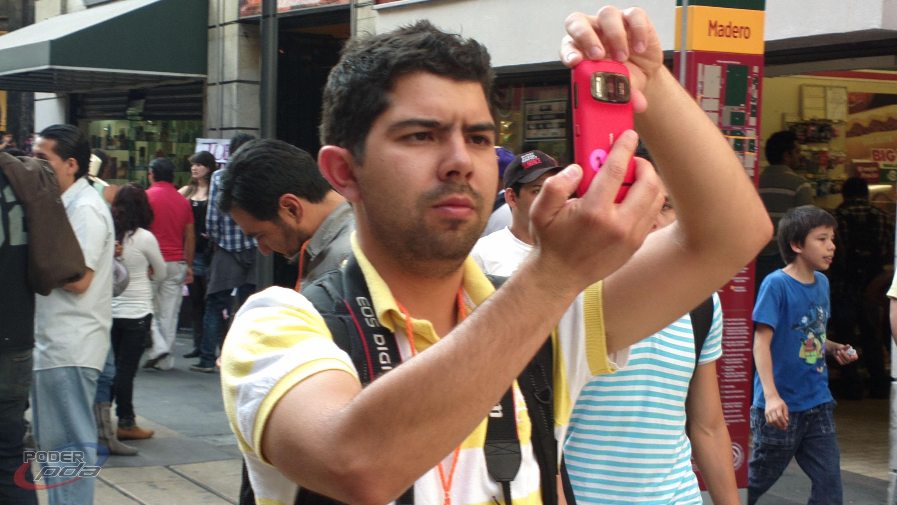 Nokia 808 PureView 33