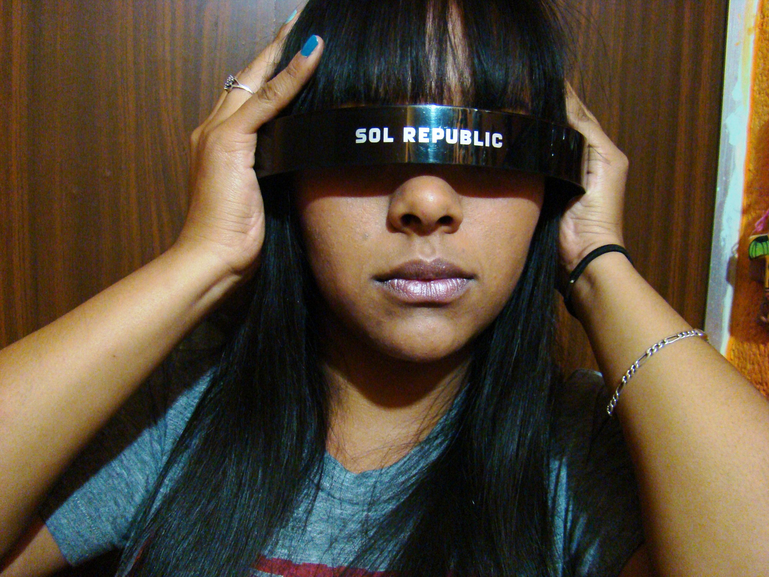 Sol Republic 17