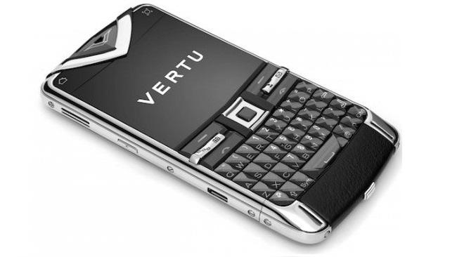 vertu-constellation-quest-phone-550x386