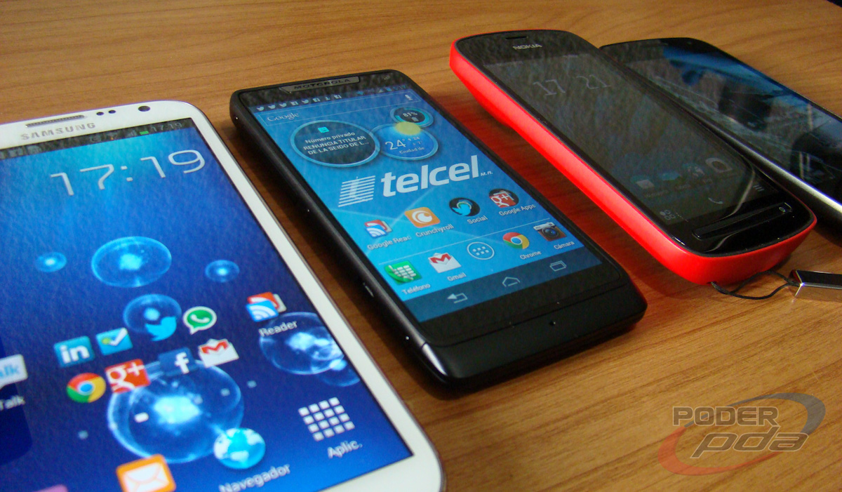 Motorola_RAZR_i_Telcel-06611
