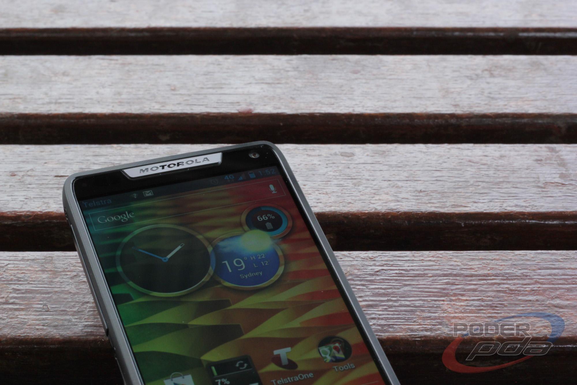 Motorola_RAZR_i_Telcel--2