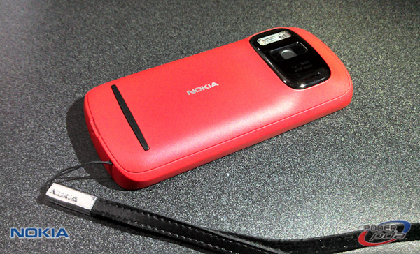 Nokia808_Pureview_Mexico-06-2