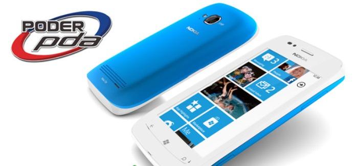 Nokia_Lumia_710_guía_navideña
