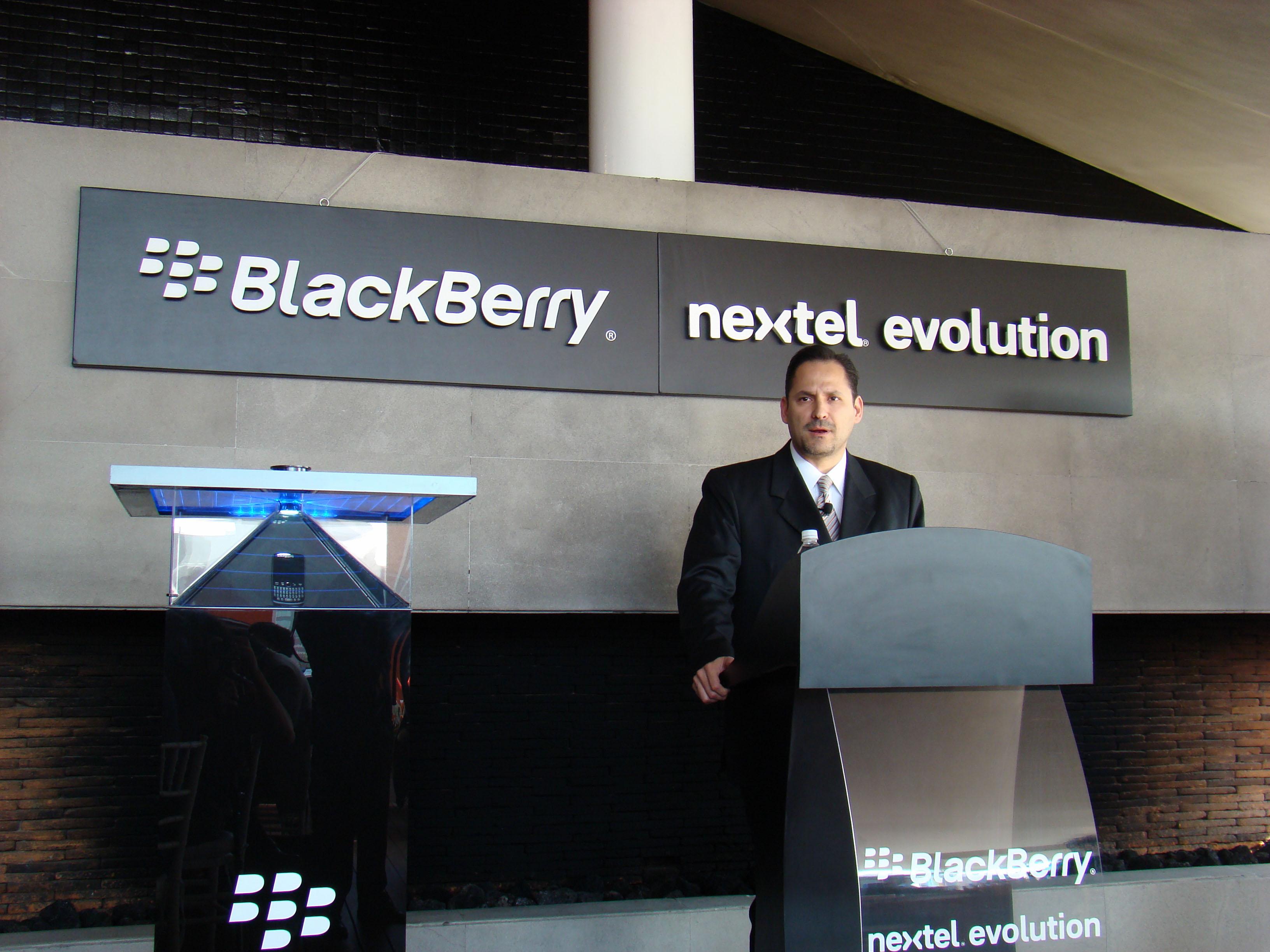 blackberry-nextel-13