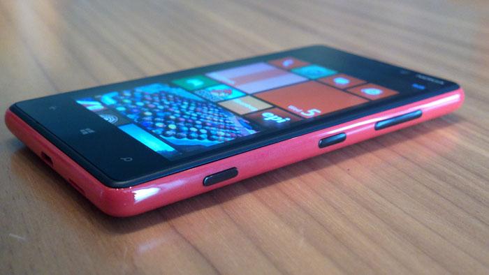 Nokia Lumia 820 Pronto en México, Ángulo Frontal