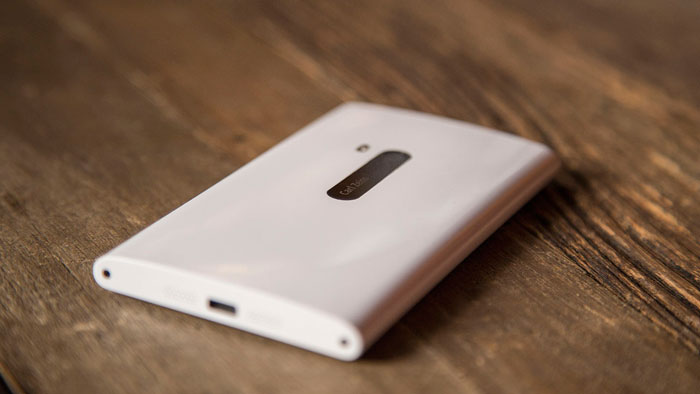 Nokia Lumia 920 Pronto en México, Ángulo Parte Trasera