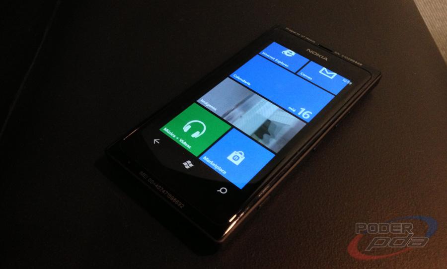 Nokia_Lumia505_Telcel_-35