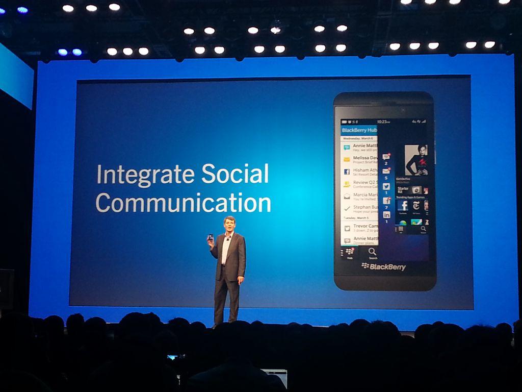 Presentación BlackBerry10_13