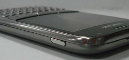 Samsung-GT-B7810-Android-QWERTY-3