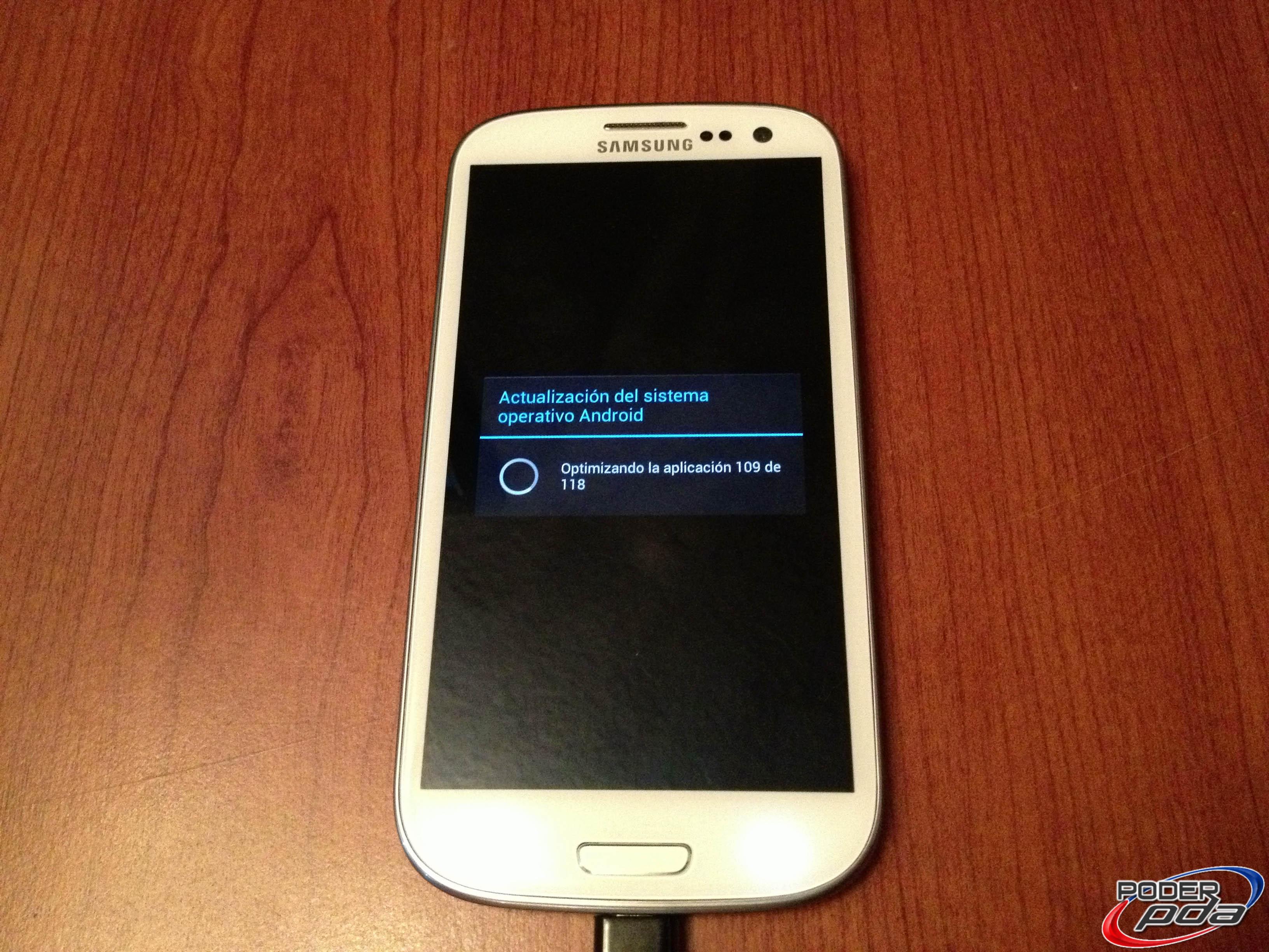 Samsung Galaxy S III Reiniciando Después de Flasheo de ROM XXELLA