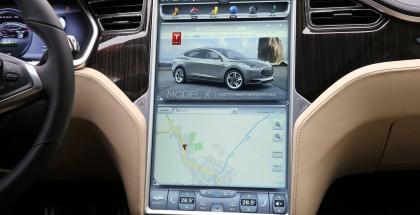 Tesla (2)
