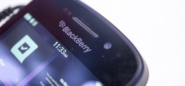 blackberry-q10-hands-on-edit-5_verge_super_wide