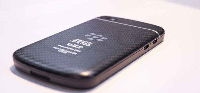 blackberry-q10-hands-on-edit-9_verge_super_wide