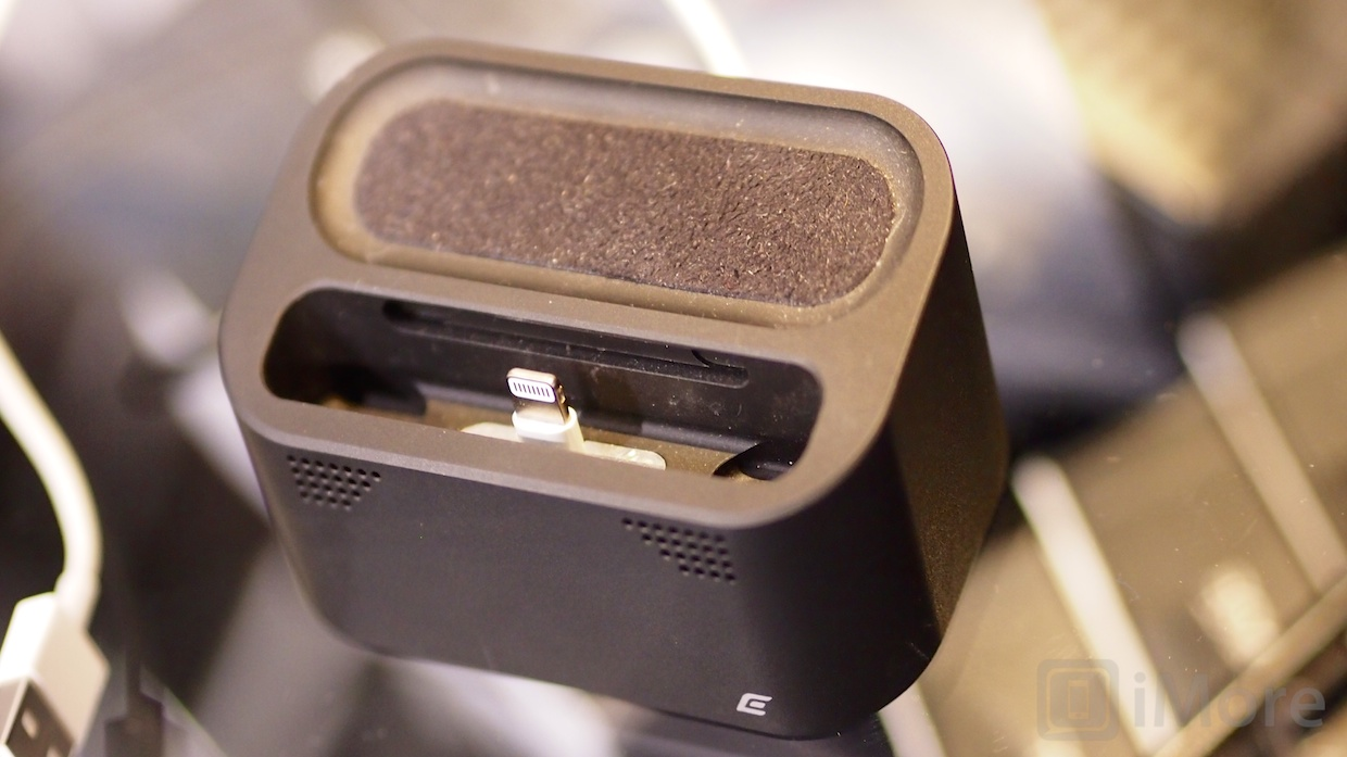 ces2013_element_case 025