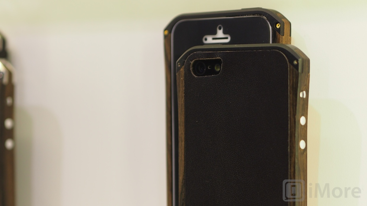 ces2013_element_case 032