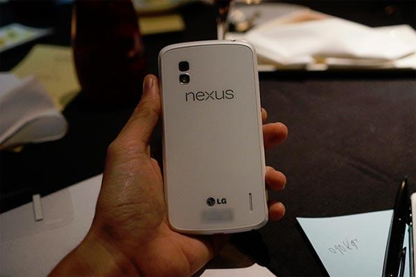 nexus 4 white 2