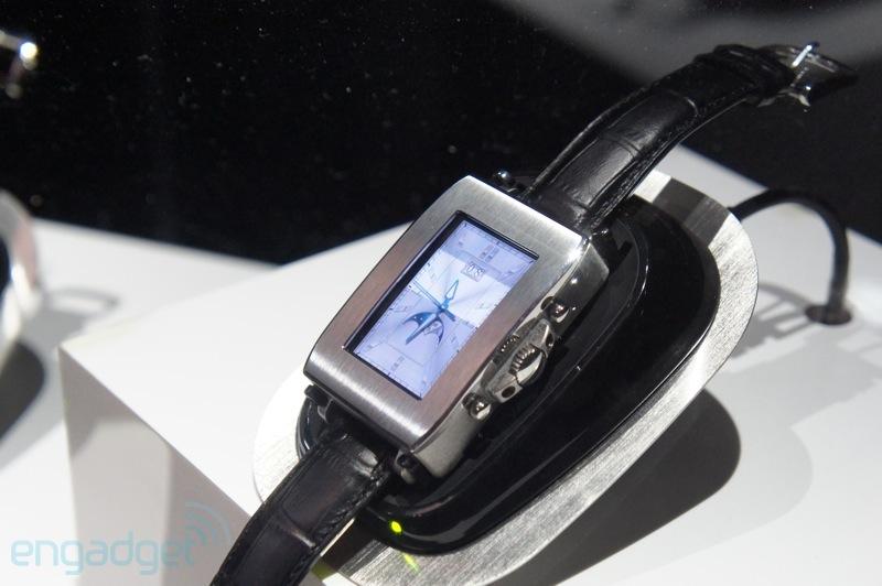 toshiba smartswatch 1