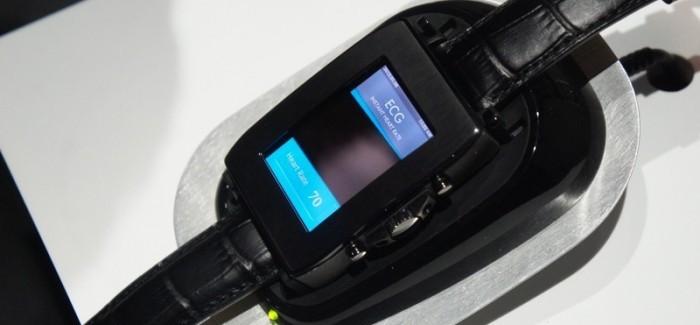 toshiba smartswatch 2