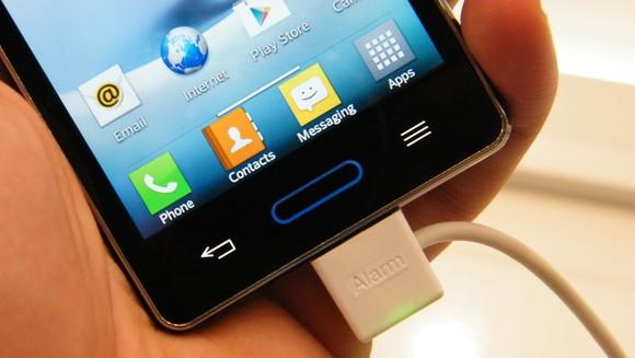 LG-Optimus-L5-II-3