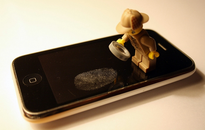 iphone-fingerprints