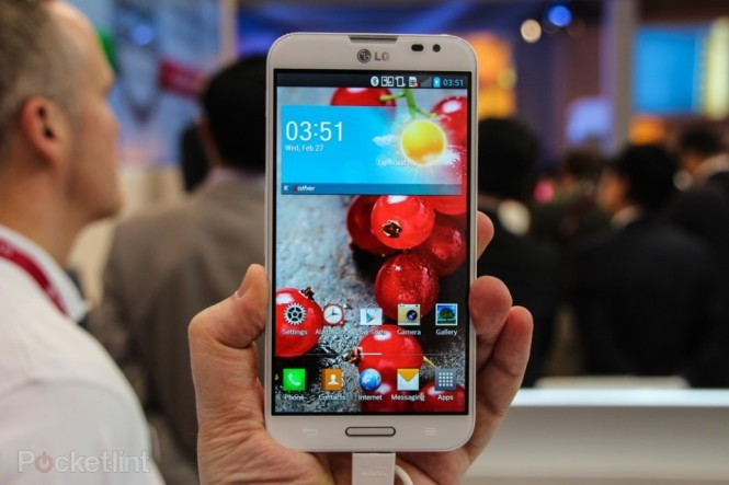 lg-optimus-g-pro-pictures-hands-on-0