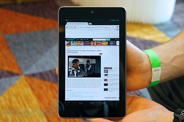 nexus-7-tablet-hands-on-1340880991