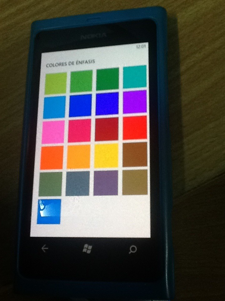 wp7-8colores