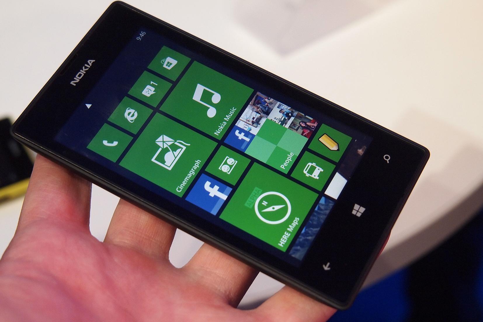 blackberry themes: nokia lumia 520 wallpaper black