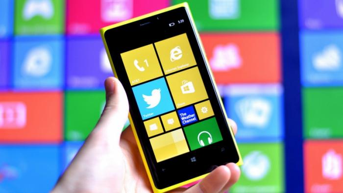 Un nuevo dispositivo de Nokia® -Microsoft Mobile- tendría cámara frontal de cinco MP