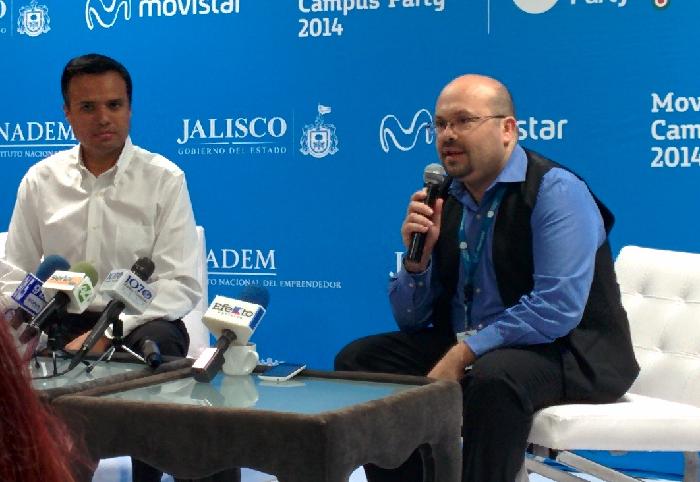 Héctor Robles y Raúl Martín en la reunion de prensa de clausura de #CPMX5