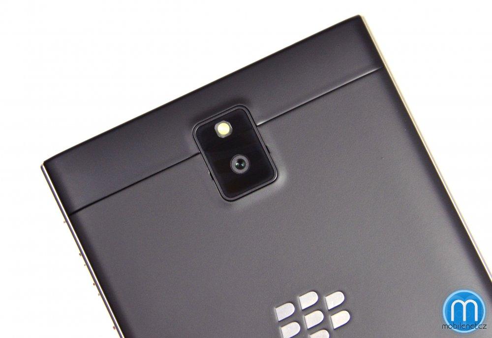 BlackBerry-Passport-pre-release-review-14